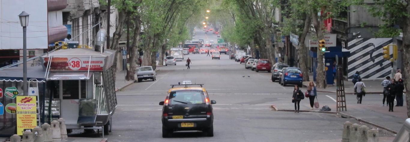 Montevideo – Parte 1: El Centro y la Ciudad Vieja thumbnail