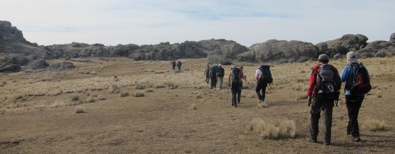 Ascenso al Cerro Champaquí – Día 3 – Regreso a Villa Alpina thumbnail