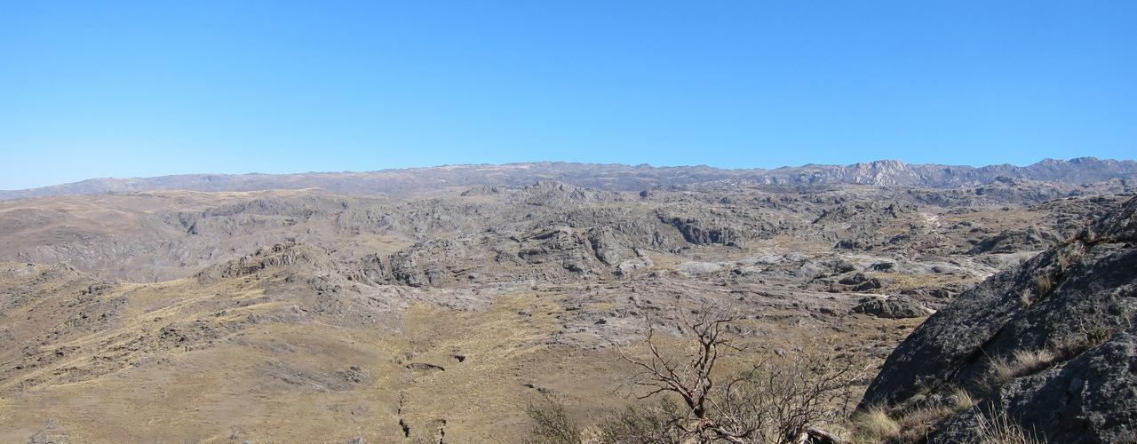 Ascenso al Cerro Champaquí – Día 1 – De Villa Alpina al Refugio Base. thumbnail